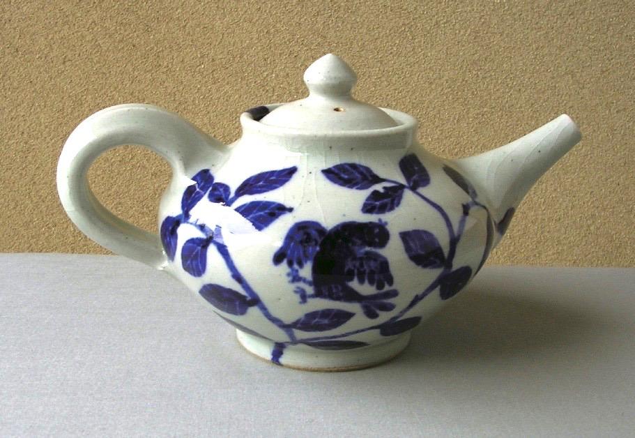 ご縁に感謝。来年より五山焼の陶芸家・朝比奈克文さんの作品を取り扱います